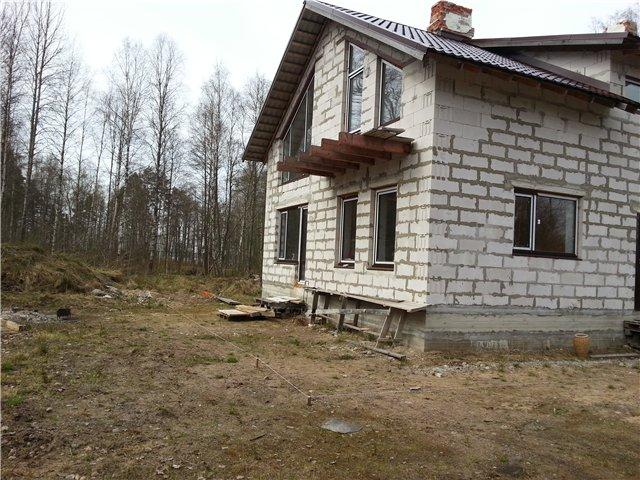 Готовый дом из газобетона с балконом