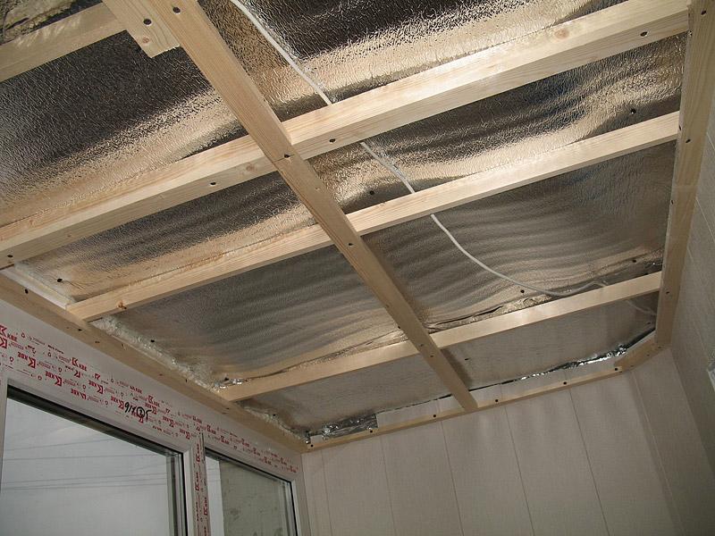 Часто в утеплении применяется материал с отражающим эффектом.