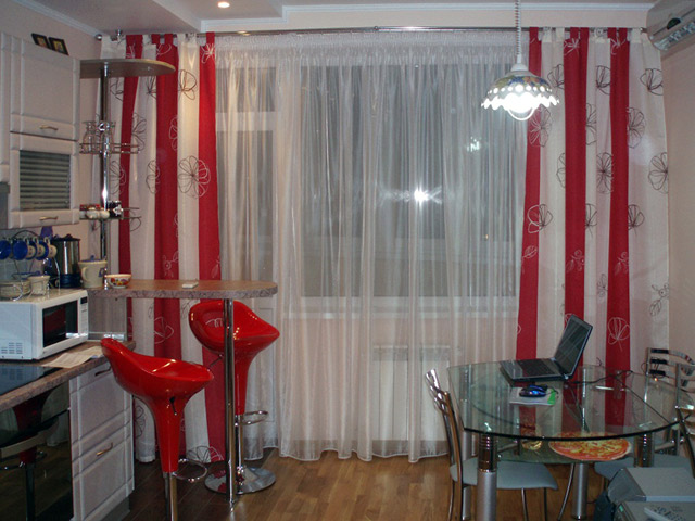 штора на петлях на кухню фото