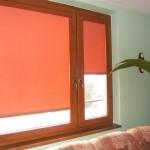 rulonno-kassetnie-zhalyuzi-na-plastikovye-okna-5