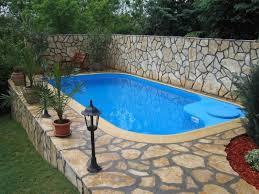 стационарный бассейн на дачном участке