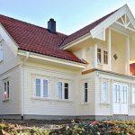 Каркасный дом в светлых тонах