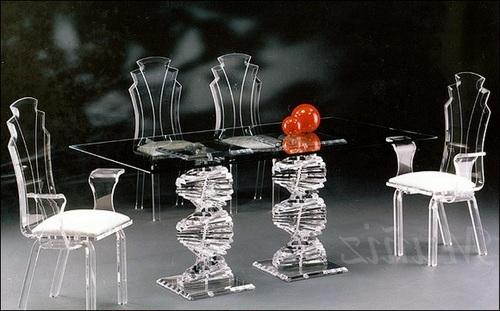 столовая мебель из стекла